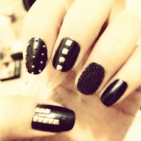 NOTD: Black and Gold Studded Nails