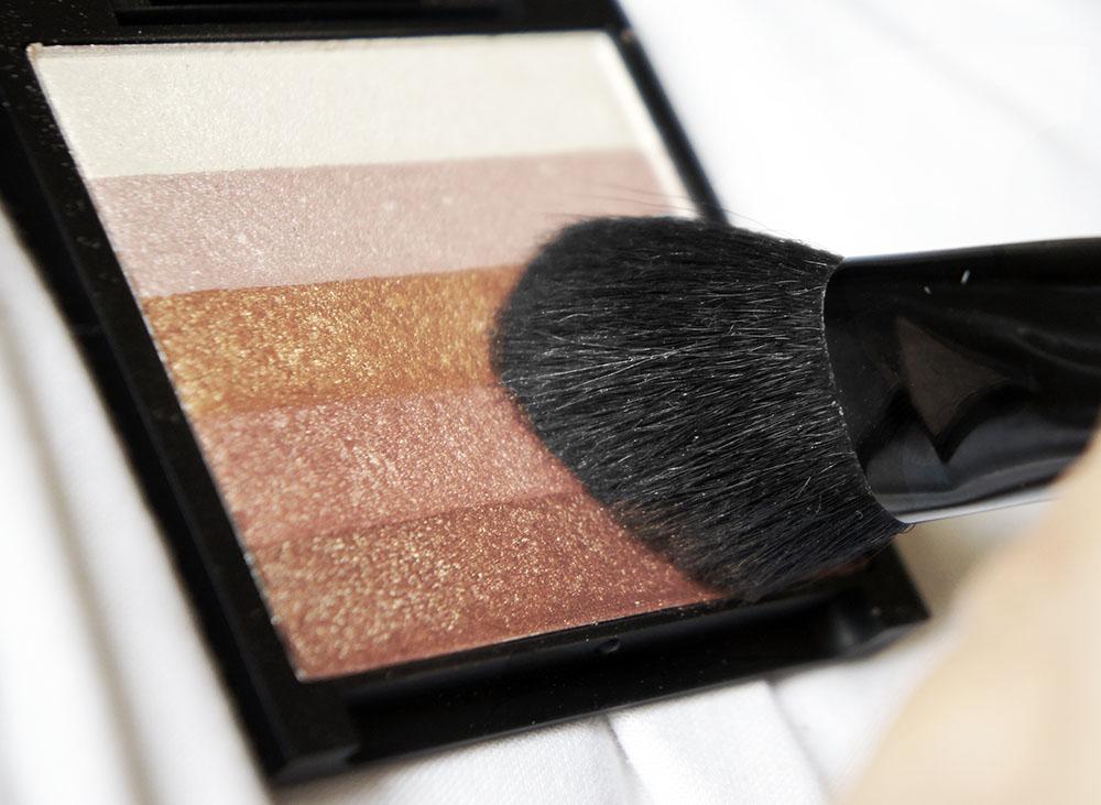 Sleek Glo Face Amp Body Highlighter Fotd Kaka Beauty Blog